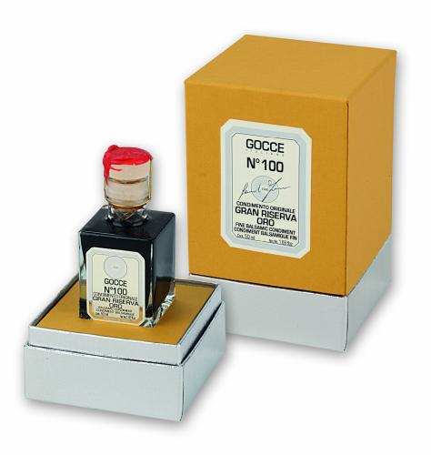 J0380 Balsamic Condiment Gran Riserva Oro - 100 Travasi (50 ml - 1.69 fl. oz)