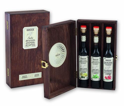 K1605 Cofanetto legno con 3 Saba (3x100 ml - 3x3.38 fl. oz)